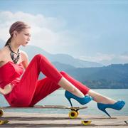 在广州女性投资什么项目热门:加盟迪欧摩尼男女皮鞋品牌优势大!