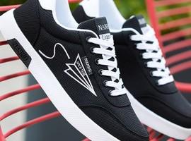 """鞋类消费市场疲软,鞋履上市企业欲向""""年轻化""""转型"""
