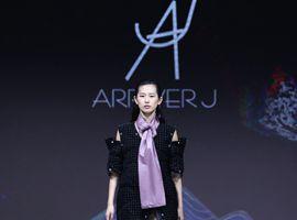 2019江南国际时装周:视觉守则·行走的韩国风尚(图)