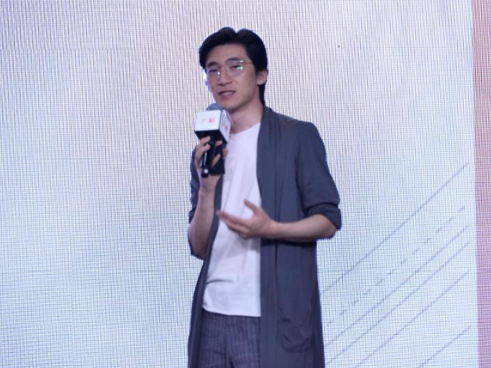 直击2019江南国际时装周论坛 传统供应链如何借直播连接新零售(图)