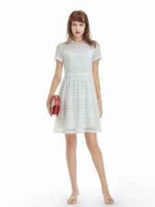 凡恩女装19白色裙子