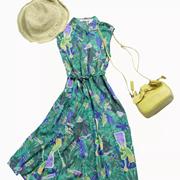 穿搭灵感 丽迪莎用色彩打开夏天
