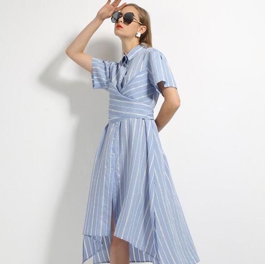 什么款式的连衣裙好看?索诗妃儿连衣裙凸显女性个性