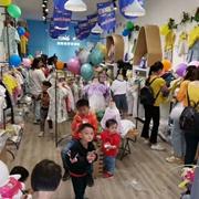 热烈祝贺金果果童装贵州织金店开业大吉!