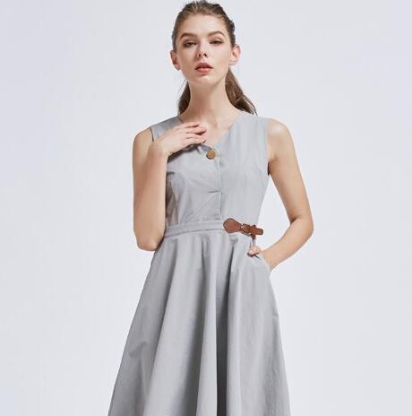 摩兰度连衣裙给您不一样的气质造型