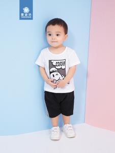 婴姿坊白色T恤