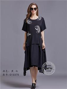 芝麻e柜女装夏款黑色大码连衣裙