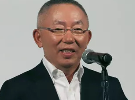 访优衣库创始人、总裁兼CEO柳井正:中国经济前景光明