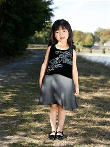贝的屋中式女童新款裙子