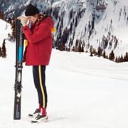 年轻人喜欢的羽绒服 雪中飞实力品牌值得信赖