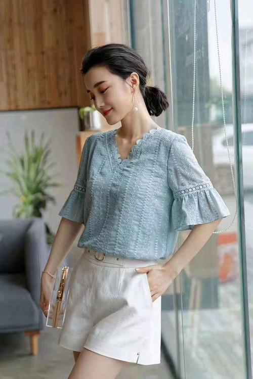 杭州时尚女装品牌折扣货源一手女装批发款式多品种齐全