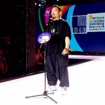 東莞國際時裝周 | FolliFollie《潮無界-燃未來》開場大秀,驚艷亮相勢不可擋!