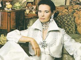 让牛仔裤成女性时尚单品的设计师Gloria Vanderbilt去世