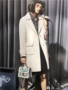 艾格伊品大衣