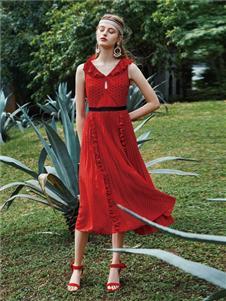红凯贝尔女装红凯贝尔HOKABR红色连衣裙