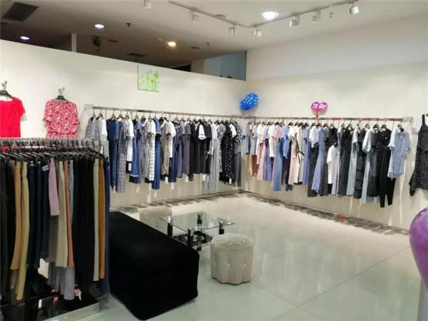 佳瑞名媛女装店品牌旗舰店店面