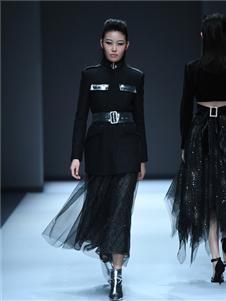 罗拉密码女装罗拉密码女装印花时尚套装