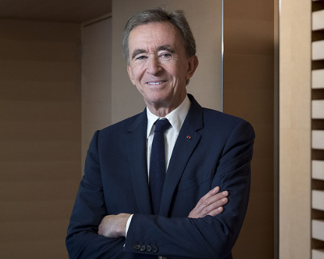 LVMH 集团董事长成为全球第三位千亿美元级富豪