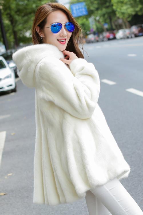米祖秋冬装时尚女装折扣批发直供货源