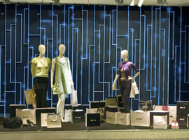 另眼〓看服装|品牌们№探索新零售、拓展多品只得又扭断他牌、入局可持续