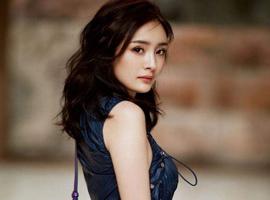 Versace宣布杨幂成中国首位代言人