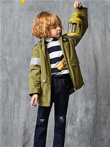 红蜻蜓童装新款军绿色外套