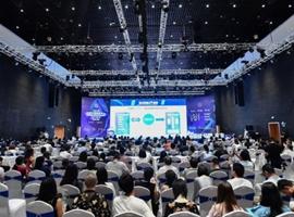 """智设计 智品牌 智未来 """"2019中国纺织创新年会·设计峰会""""聚焦智慧未来"""