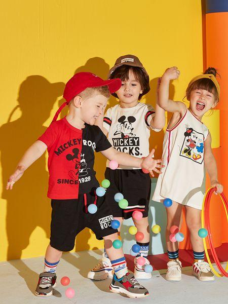 来自童话中的迪士尼宝宝童装是孩子们更喜欢的童装