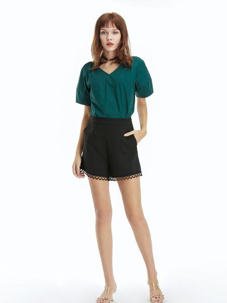 今年夏天流行什么顏色 凡恩女裝綠色單品搭配有哪些