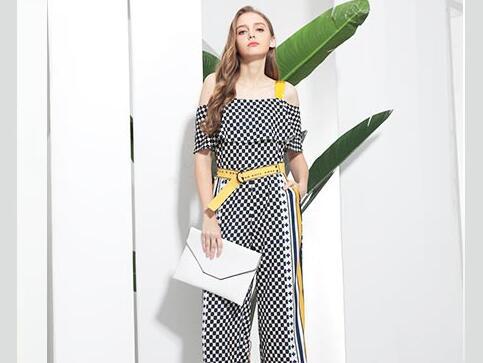 佰莉衣橱女装品牌自产自销让你美翻整个夏天