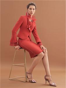 2019HON.B红贝缇红色套装礼服