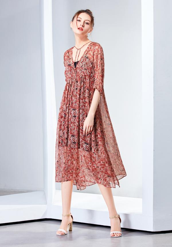 什么款式的長裙好看  什么顏色的連衣裙比較有氣質?