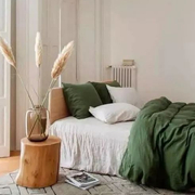 新申亚麻大师 | 亚麻床品保养小常识,让睡眠更舒适。