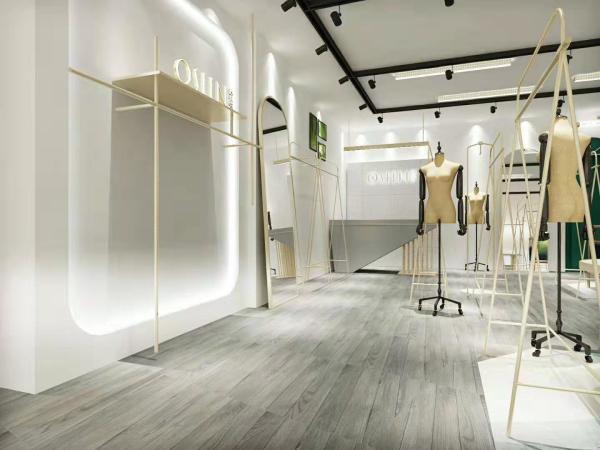 热烈祝贺欧炫尔西安万达专卖店即将盛装开业!