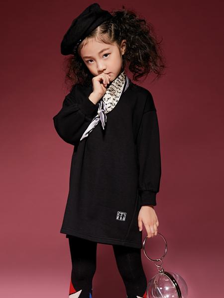 玛玛米雅新款黑色连衣裙