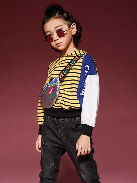 玛玛米雅新款拼接卫衣
