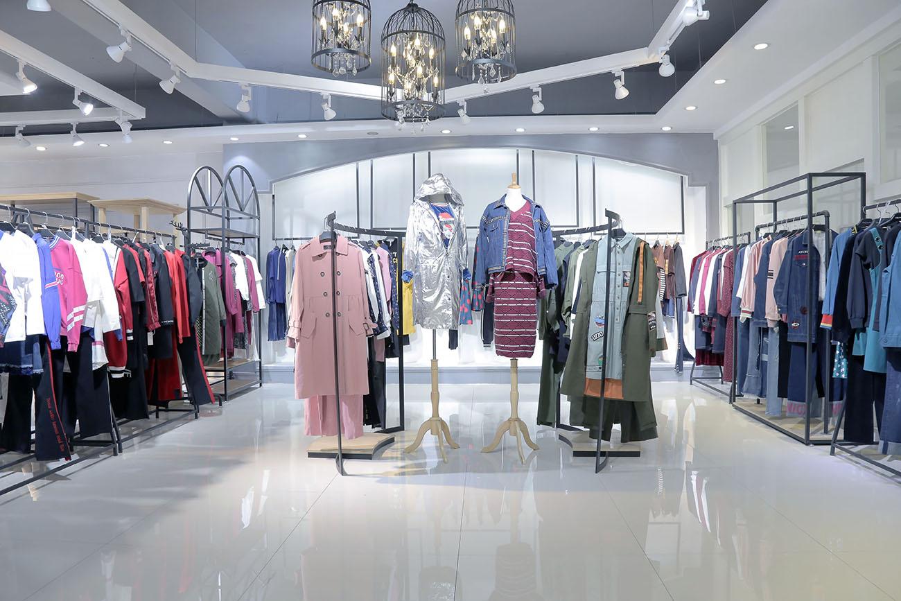 羽菲璐折扣批發吉林女裝品牌尾貨批發 北京女裝尾貨批發市場在哪里