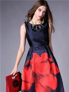 殿秀女装新款时装连衣裙