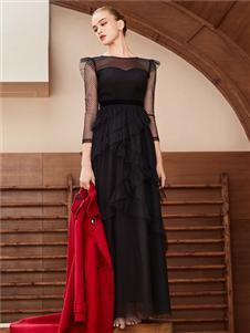 迪图DITTO黑色连衣裙