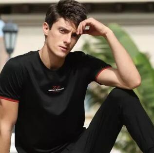 GD&ZS活力裤装|夏日「裤」行 诠释外在优雅