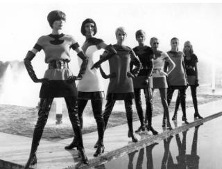 皮尔·卡丹是谁?法国传奇设计师大型回顾展