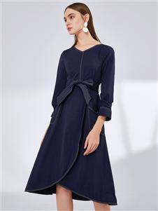 真斯贝尔时尚收腰连衣裙