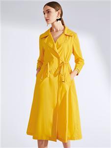 真斯贝尔新款黄色收腰连衣裙