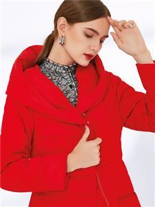 真斯贝尔新款红色羽绒服
