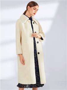真斯贝尔新款毛绒长大衣