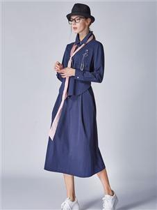 墨曲新款连衣裙