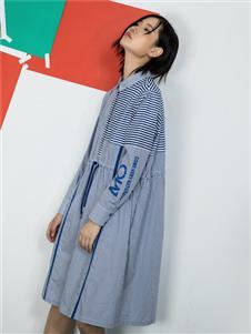 MO·陌女装新款连衣裙