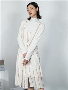 MO·陌女裝秋冬新款連衣裙