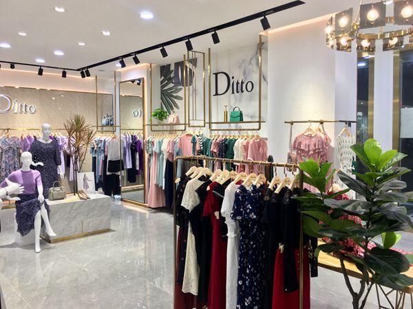 迪图DITTO女装专卖店品牌旗舰店店面