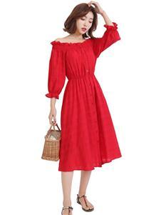 优主义红色连衣裙
